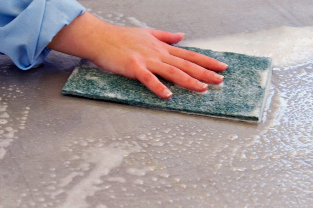 Cleaning Surfaces using a pad