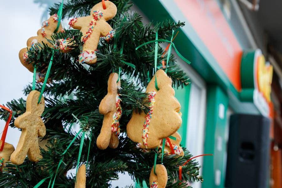 Τα ΟΚ! Anytime Markets δημιούργησαν  Χριστουγεννιάτικα μπισκότα για να στηρίξουν την Κιβωτό του Κόσμου