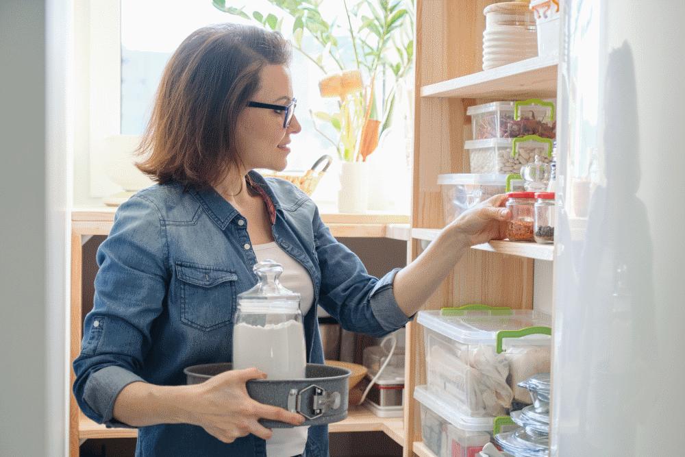 Τι δεν πρέπει να λείπει ποτέ από το ψυγείο και από το ντουλάπι σας